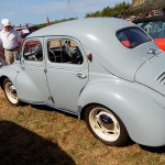Renault 4 CV rechts links